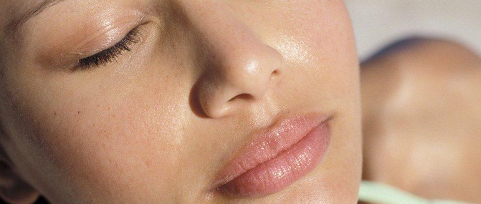 Tłusta skóra – cera tłusta i naczynkowa