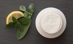 Jak pozbyć się trądziku – top 5 sposobów na walkę z trądzikiem
